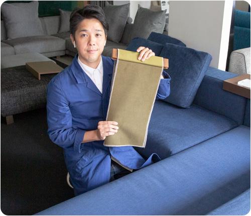 私たちスペシャリストスタッフが情熱と自信をもってお客様のソファ選びをサポートいたします。