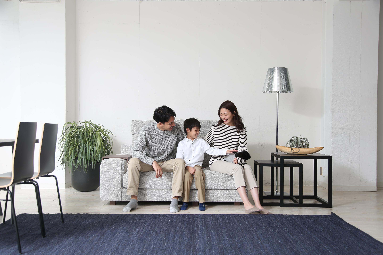 家族構成から考えるくつろげるソファの選び方